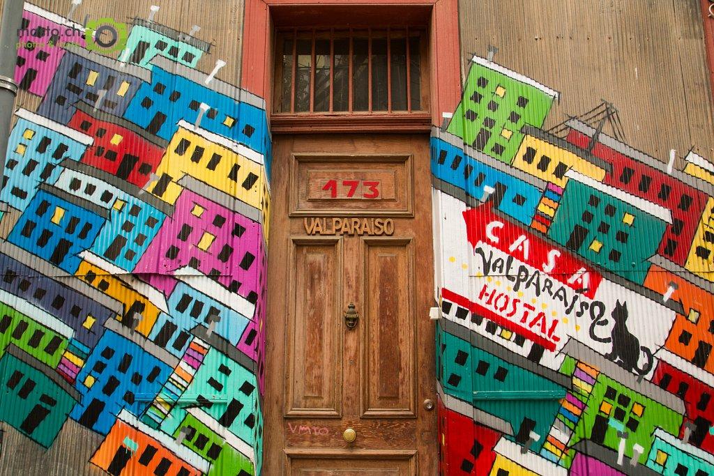 Valparaiso Door...